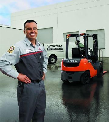 Forklift Service In Akron Forklift Maintenance  Repair In - Forklift mechanic